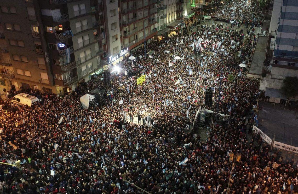 Elecciones 2019 | Mauricio Macri, en Mar del Plata: Felicito a los hinchas de River por el triunfo