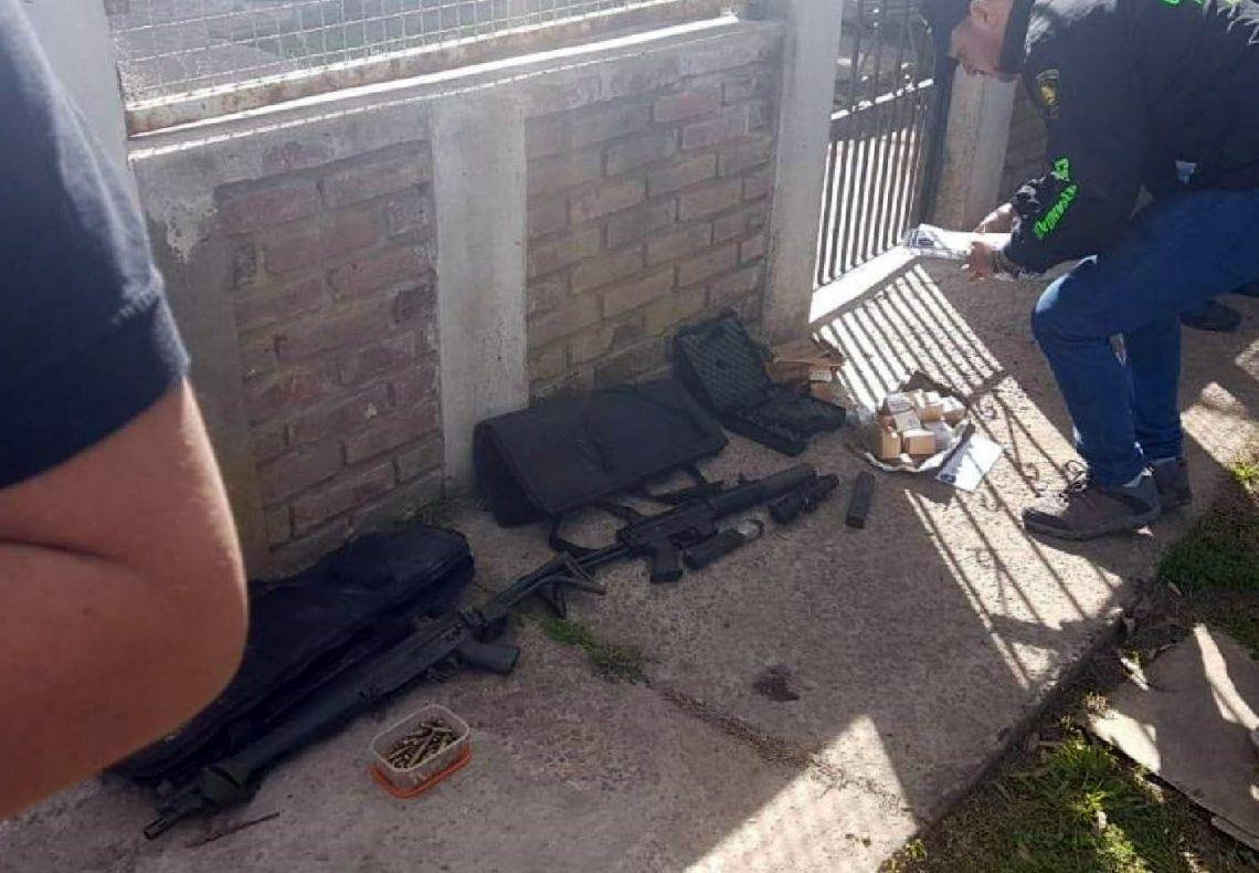 Florencio Varela: cayó una pareja que hacía delivery de armas de guerra