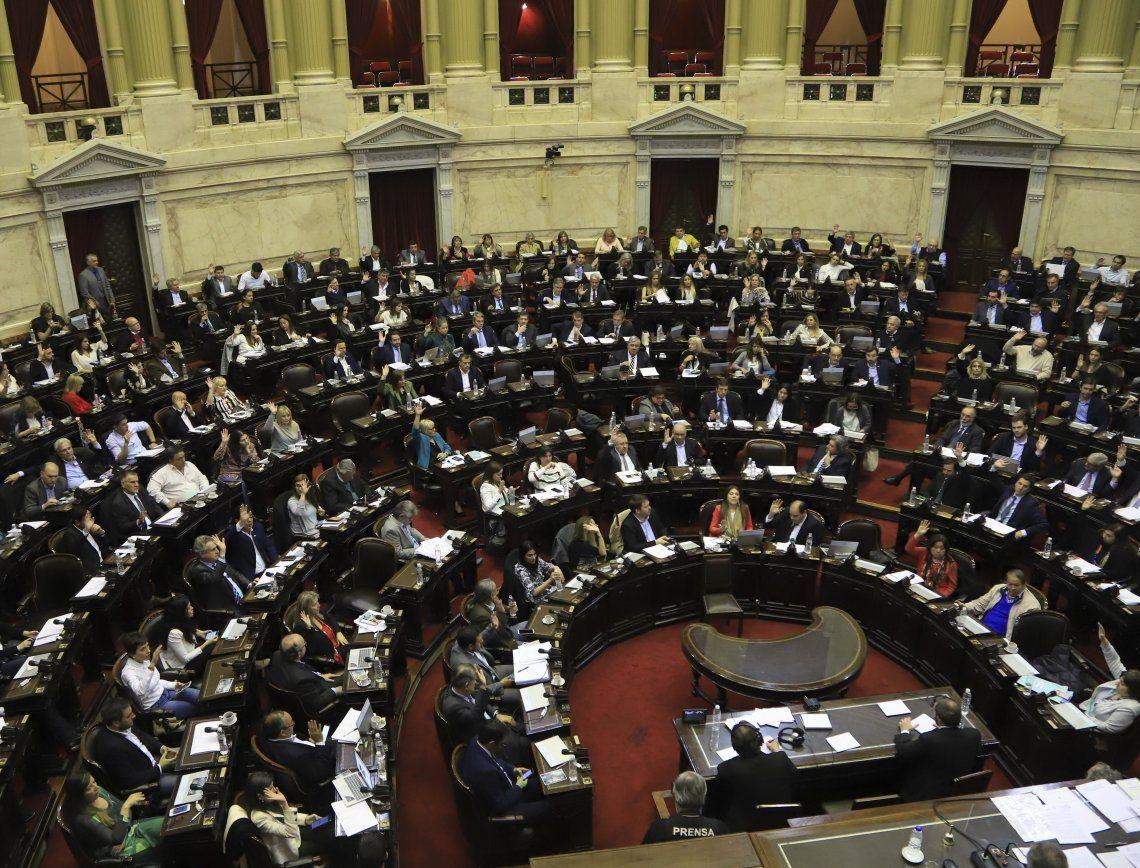 Existe una marcada paridad en este cuerpo legislativo.