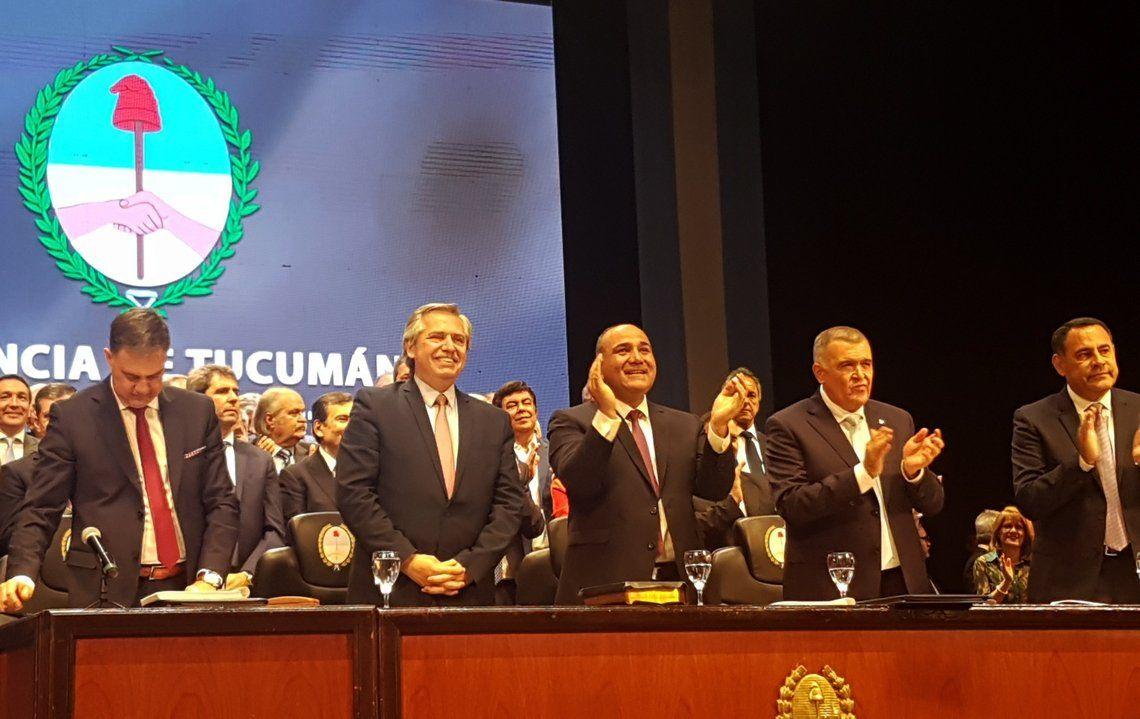 Alberto Fernández acompañó a Manzur en su asunción en Tucumán