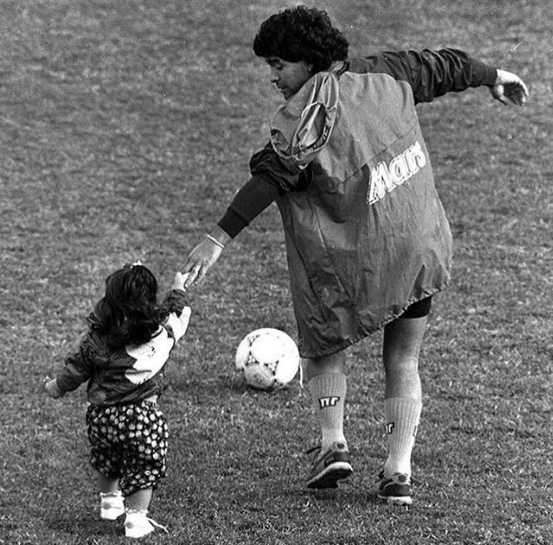 Gianinna Maradona le dedicó un posteo muy emotivo a Diego por su cumpleaños número 59
