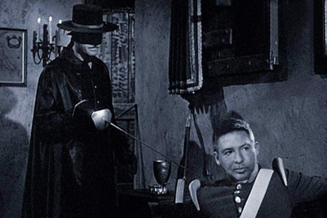 Llaman a boicotear a El Trece para que reponga El Zorro con una campaña en las redes sociales