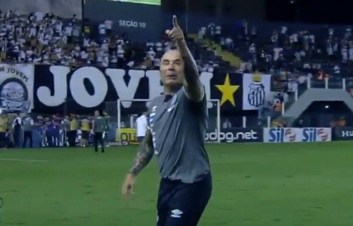 Sampaoli renunció como DT de Santos y Palmeiras se lo quiere llevar