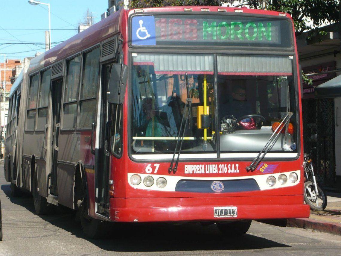 Villa Crespo: colectivo atropelló y mató a un hombre en el Metrobús