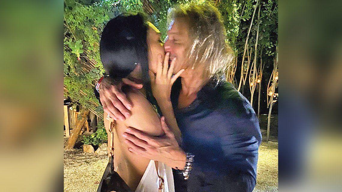 Claudio Caniggia y Sofía Bonelli vivieron su noche más soñada en Tulum
