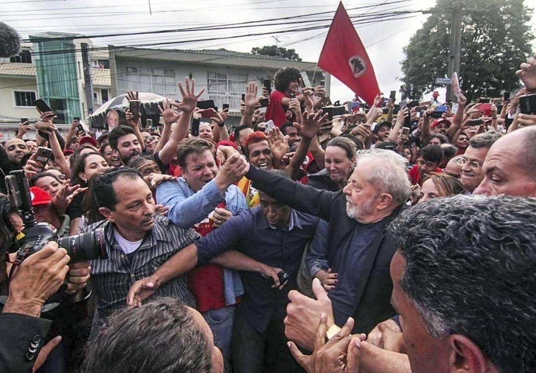 Lula recuperó la libertad tras pasar 19 meses preso