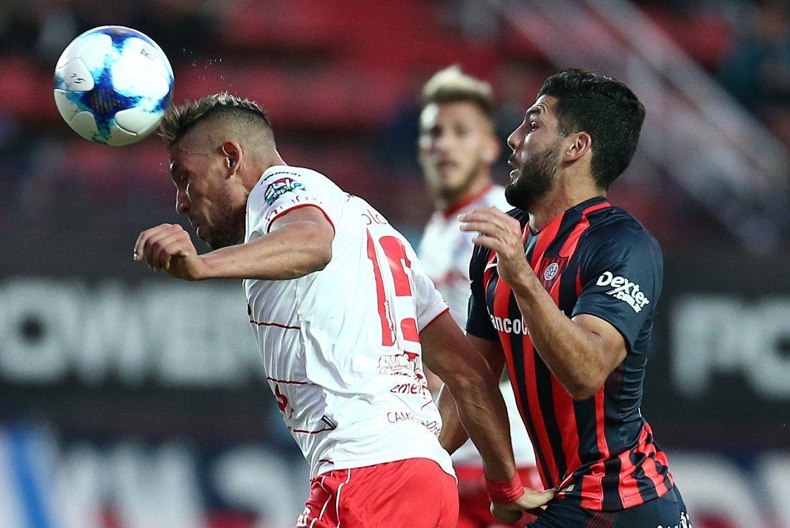 San Lorenzo despertó con una goleada ante el líder Argentinos