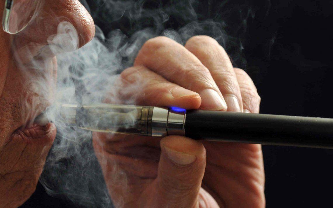 Alerta epidemiológica por el cigarrillo electrónico tras el primer caso de lesión pulmonar en Argentina