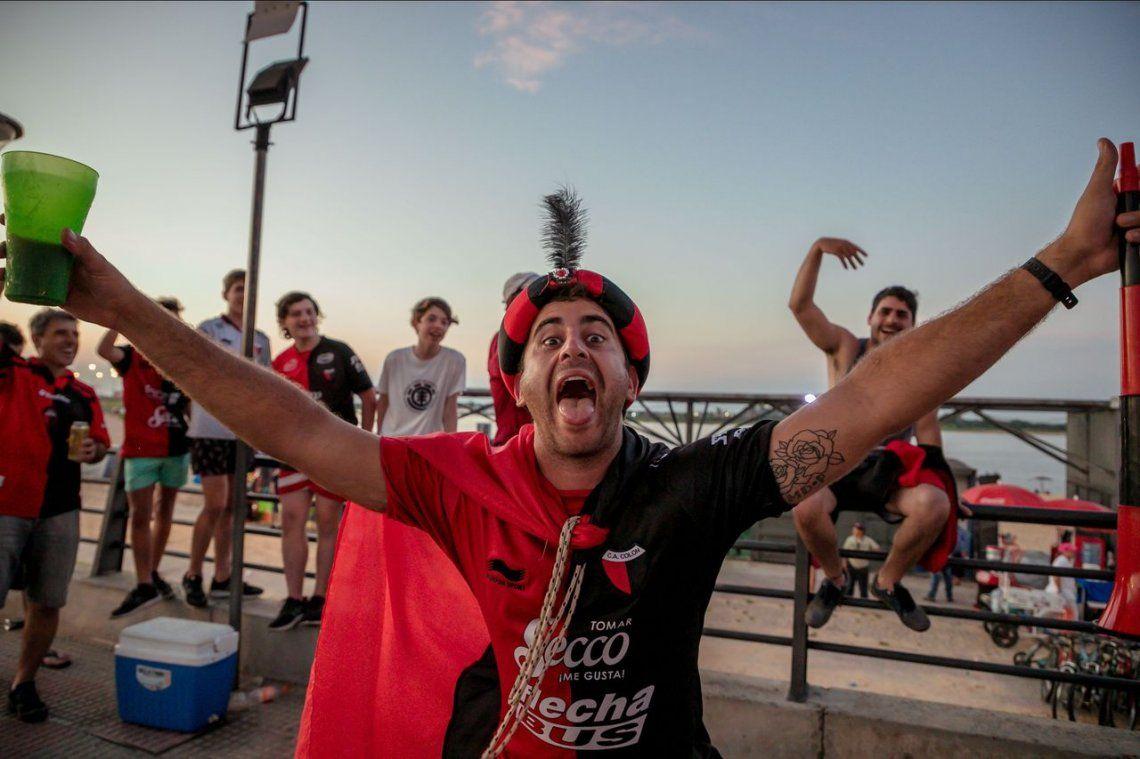 ¿Colón-Independiente del Valle y un récord Guiness?: más de 35.000 hinchas del Sabalero llegaron a Paraguay para ver la final de la Sudamericana