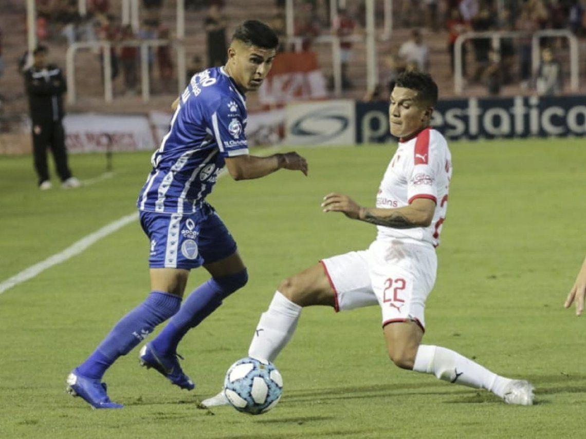 Y un día, el Rojo ganó en Mendoza: se lo dio vuelta a Godoy Cruz con una ráfaga