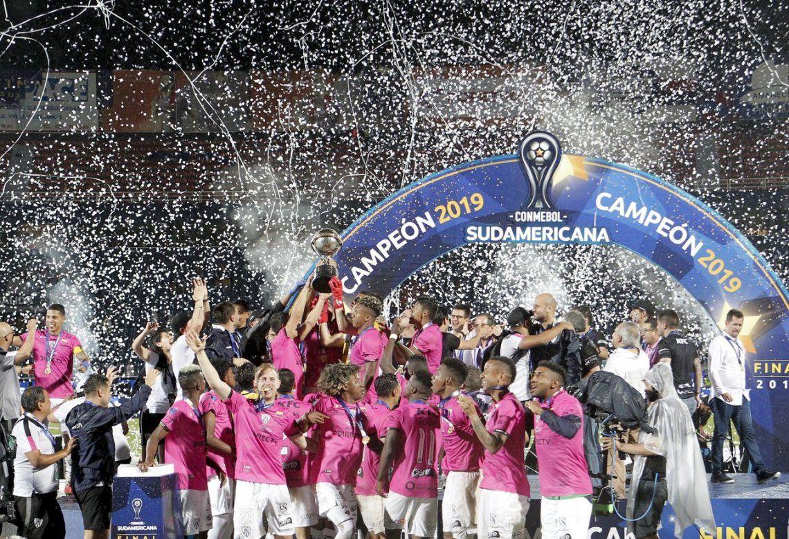 No pudo ser: Colón cayó ante Independiente del Valle en la final de la Copa Sudamericana