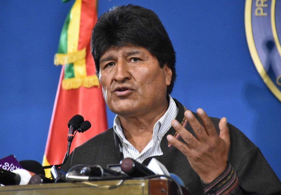 Evo Morales: La comunidad internacional es testigo de este atentado contra la vida y la Constitución
