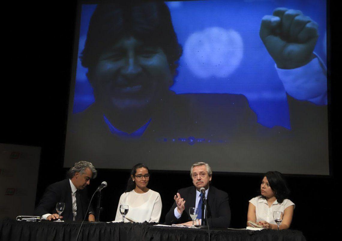 Alberto Fernández: Hoy es un día aciago, se interrumpió la democracia en Bolivia