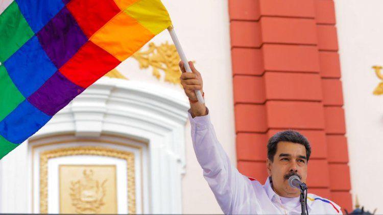 Maduro: Llamo a las Fuerzas Armadas de Bolivia a restituir el hilo constitucional