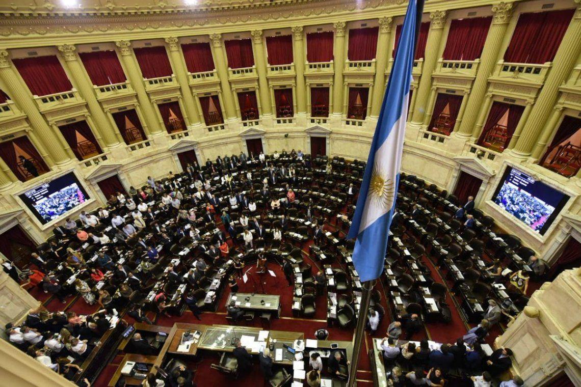 El Gobierno envía al Congreso el proyecto de ley de las tres emergencias