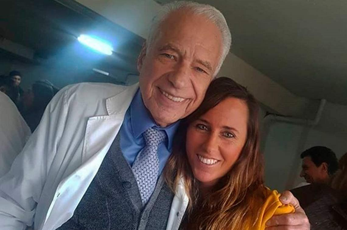 ¿El Dr. Alberto Cormillot dio el sí en Las Vegas junto a su joven novia?