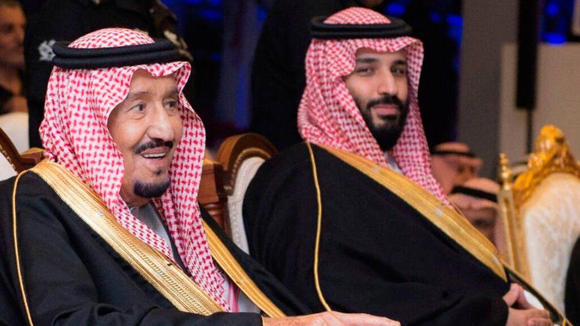 Por culpa del rey de Arabia Saudita, la Selección tuvo que salir más tarde del aeropuerto y debió suspender el ensayo