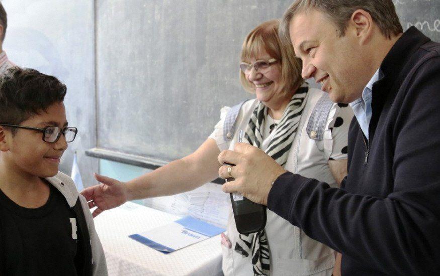 Almirante Brown: quieren llegar a 10 mil anteojos en el programa Niños a la Vista
