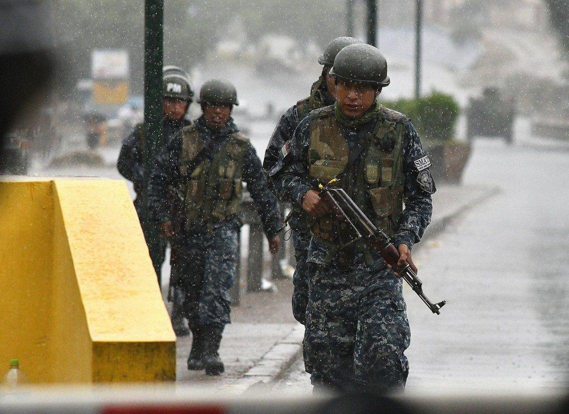 Cancillería le pidió a las autoridades de Bolivia velar por la seguridad de los periodistas argentinos