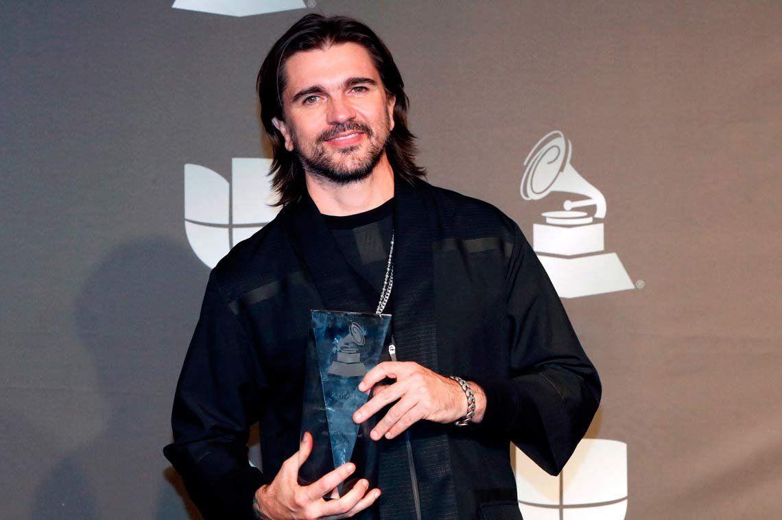 Juanes fue reconocido como persona del año en los Grammy Latinos