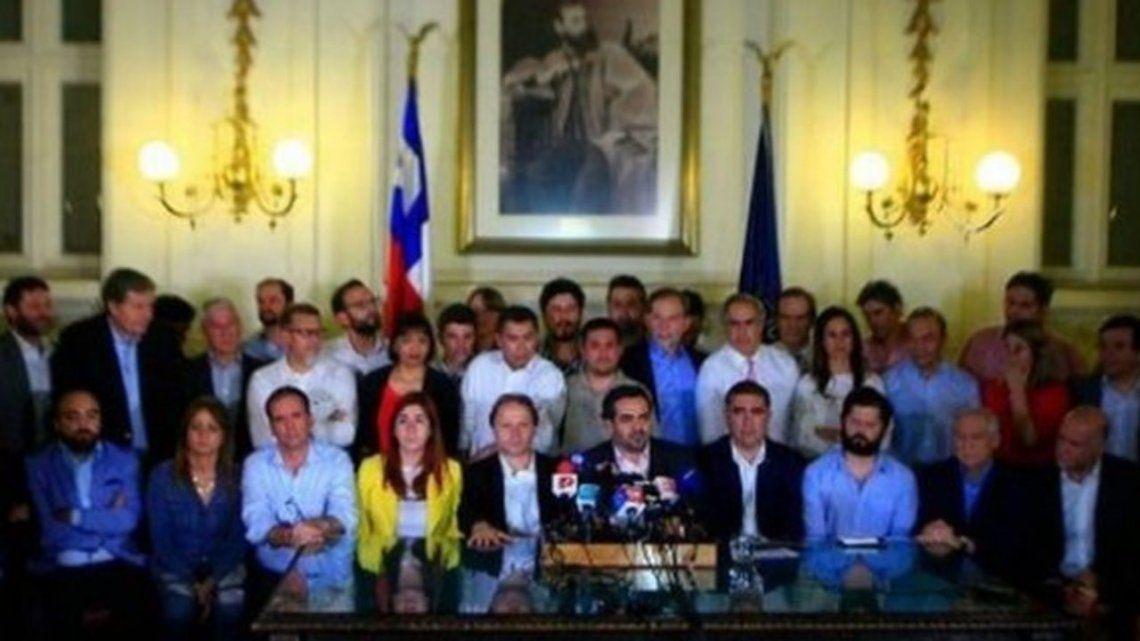 Chile: llegan a un acuerdo para realizar plebiscito para cambiar la Constitución