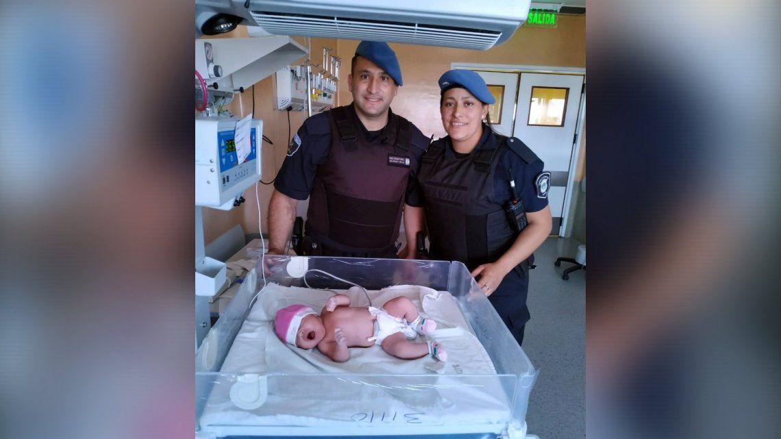 Morón: dos policías bonaerenses asistieron el parto de una mujer