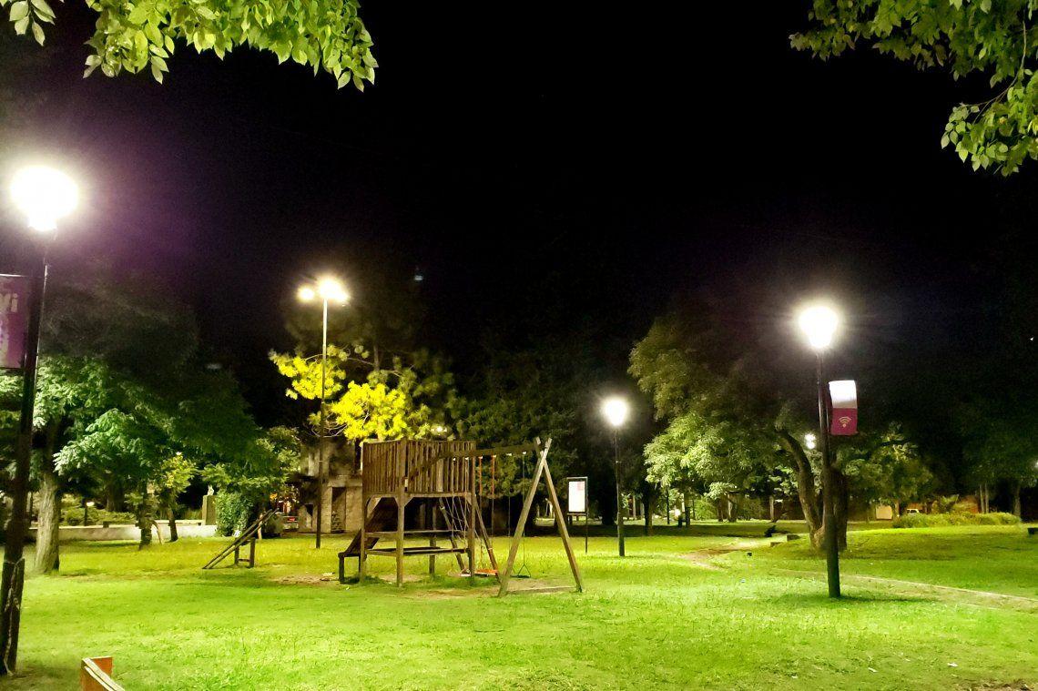 Las luces led se han instalado en avenidas y plazas importantes.
