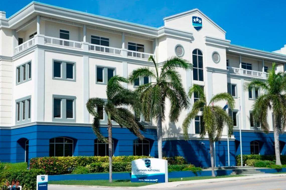 Escándalo en puerta: hackearon el Banco Nacional de las Islas Caimán y filtran datos explosivos