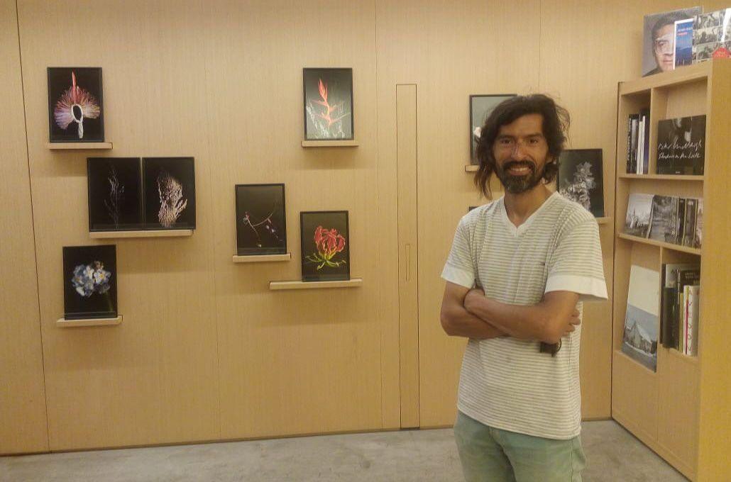 Leo Vaca, el fotógrafo que se convirtió en rey de las flores