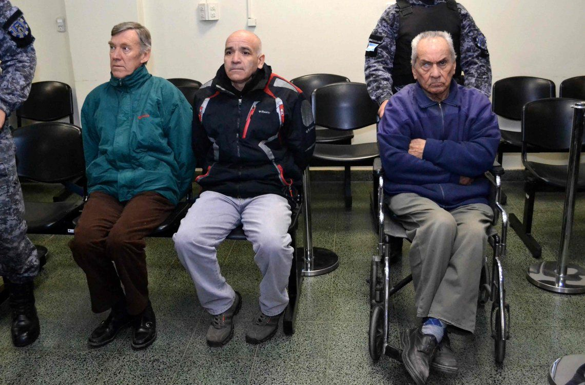 Caso Próvolo: condenaron a 45 y 42 años de prisión a dos curas por abusar sexualmente de chicos sordos