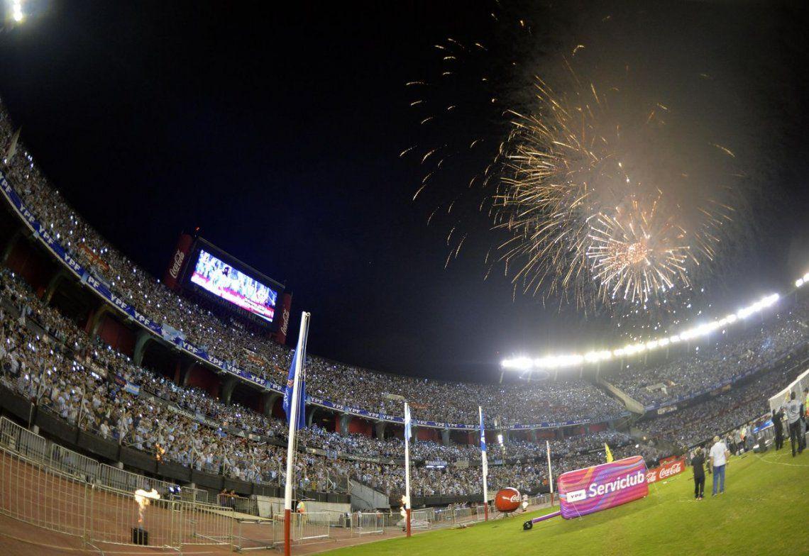 River e Independiente recibieron dinero de la Conmebol para pagar sueldos