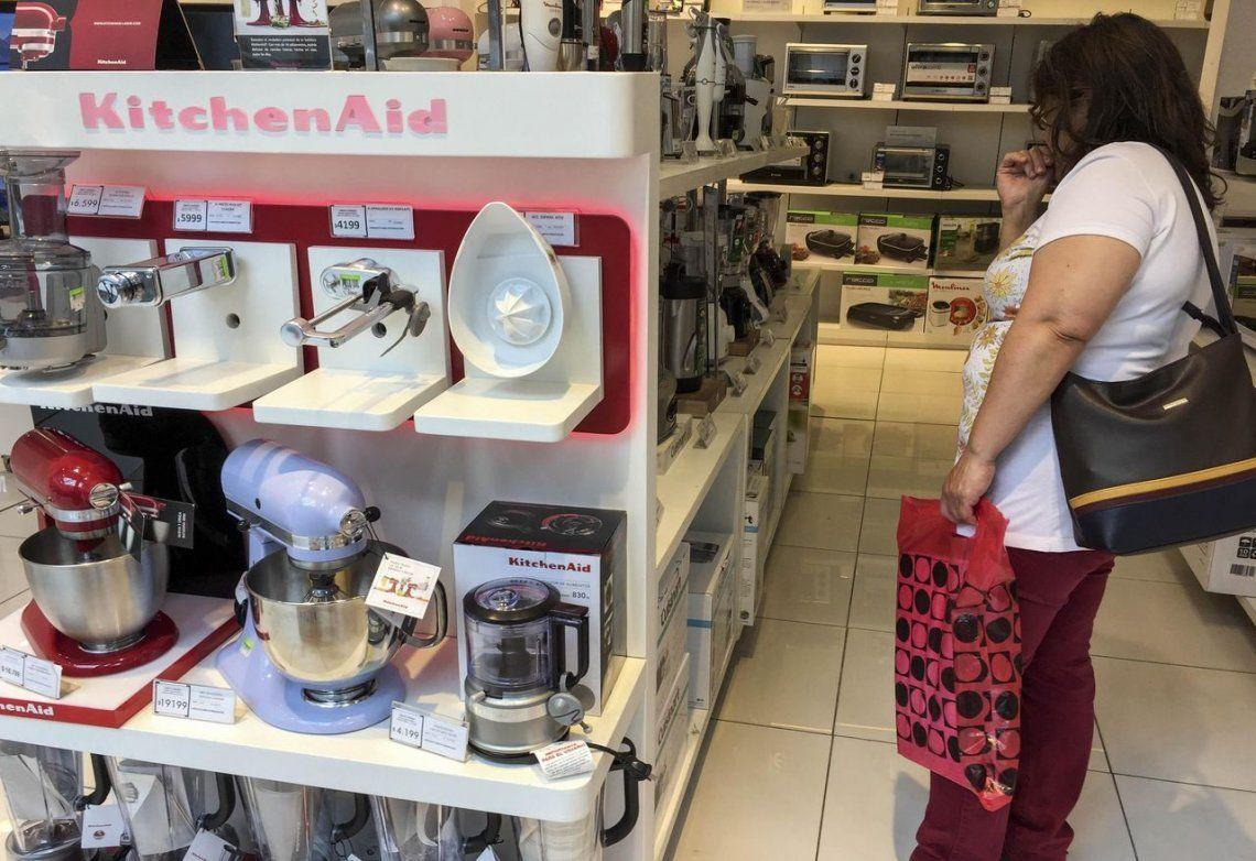 El Black Friday, apenas un oasis: cayó un 27% la venta de electrodomésticos