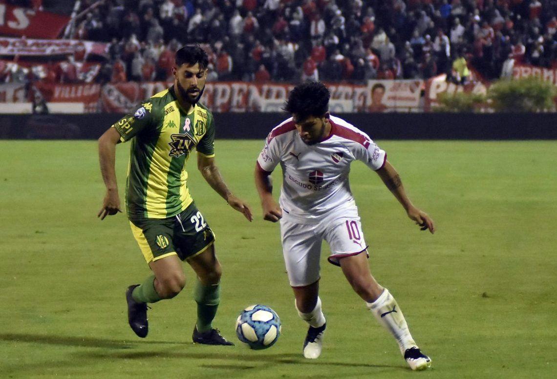 Una lágrima: con uno más, Independiente no inquietó al débil Aldosivi