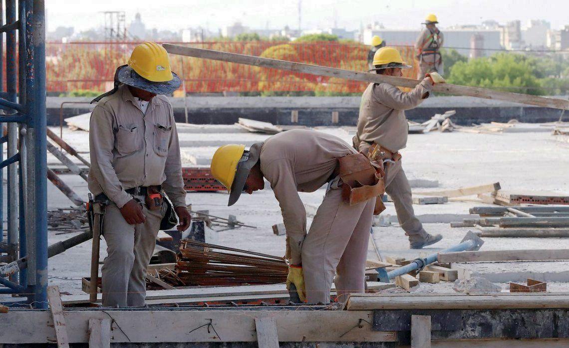 El salario promedio percibido en diciembre por los trabajadores registrados en esta industria fue de 32.267 pesos.