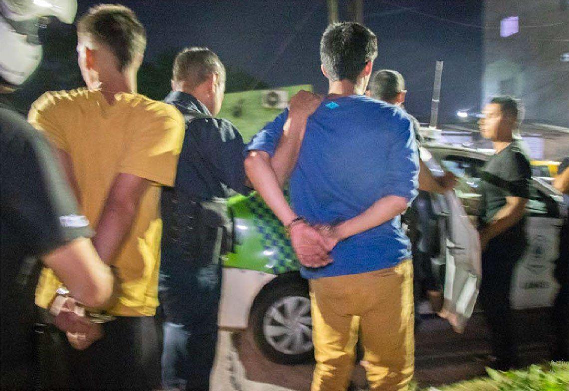 Lanús: detienen a cuatro soldaditos de narcomenudeo en Villa Sapito