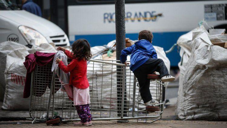 En enero, una familia necesitó $40.373 para no ser pobre
