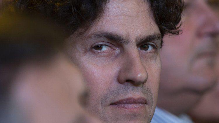Martín Lousteau, protagonista de la insólita pelea por un despacho.