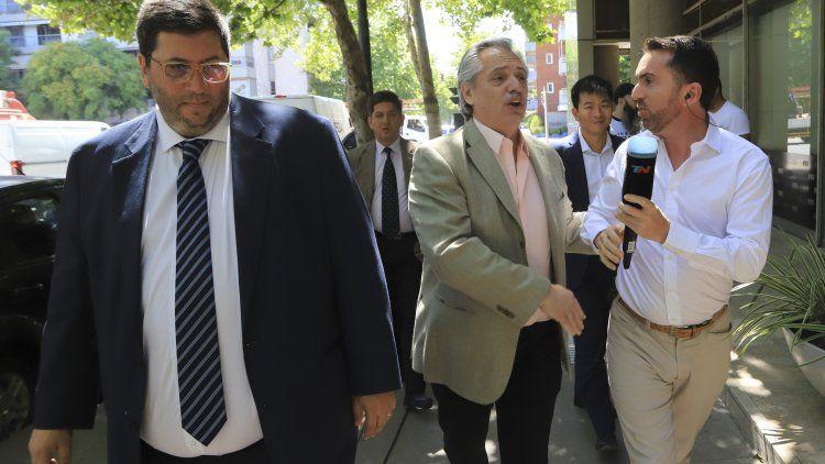Alberto Fernández llegó temprano a su oficina de Puerto Madero y no se movió del lugar.