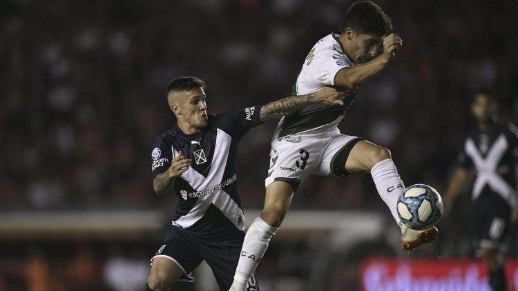 Es la cabeza de Lollo: Banfield le ganó a Independiente en Avellaneda