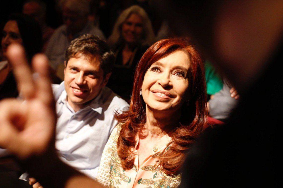 Cristina Kirchner, Axel Kicillof y varios integrantes del gabinete Alberto Fernández fueron a la presentación de Tierra Arrasada, el documental de Tristán Bauer