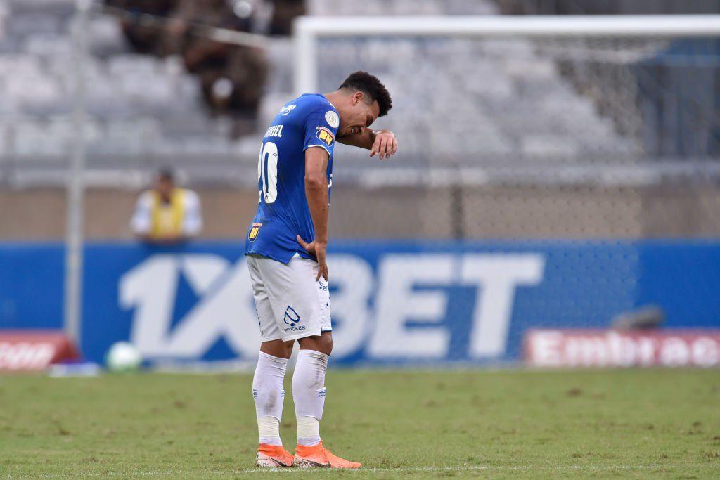 Cruzeiro descendió a la Serie B de Brasil por primera vez en su historia