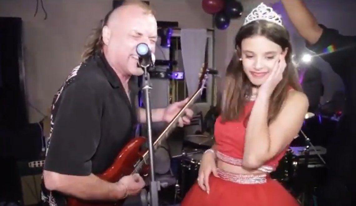 Video: La Renga tocó en vivo... ¡en un cumple de 15!