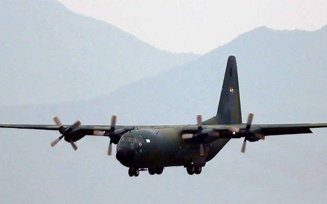 Intensifican la búsqueda del avión chileno desaparecido con 38 personas a bordo