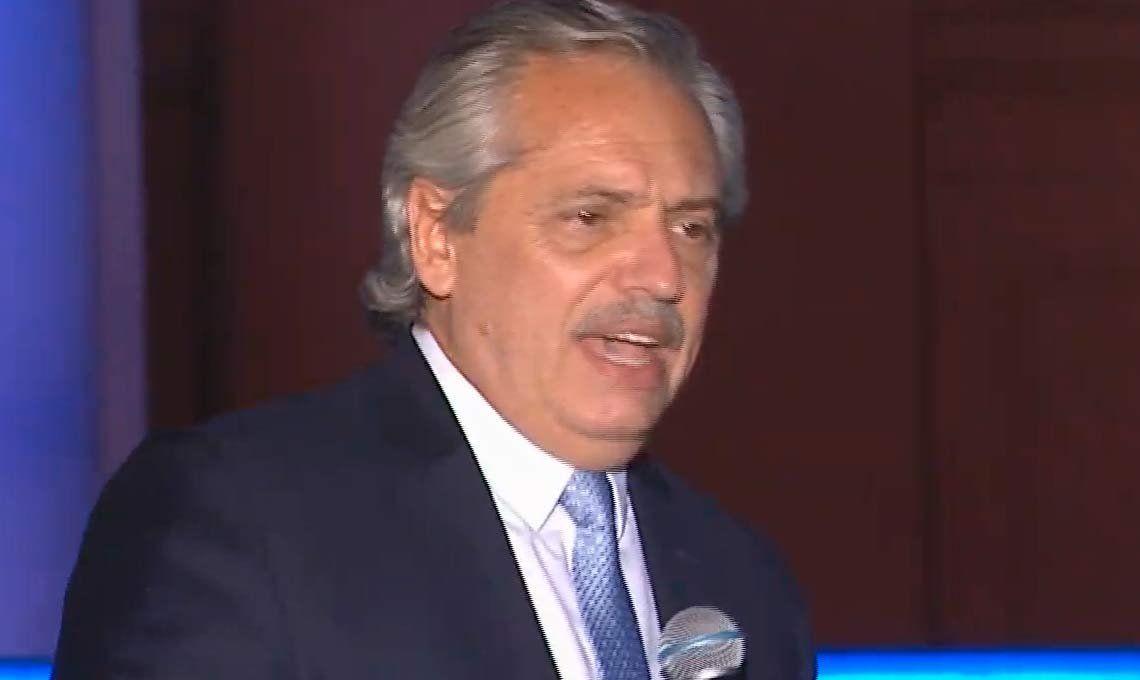 Alberto Fernández restableció por decreto la doble indemnización por 180 días