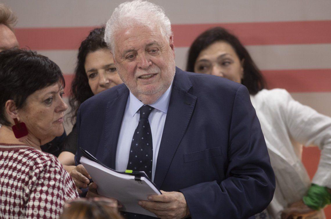El ministro de Salud en la previa de la conferencia de prensa que brindó ayer sobre el protocolo repuesto.