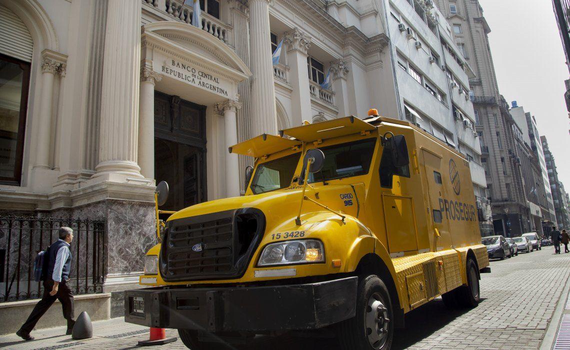El Banco Central efectivizó el pago de 500 millones de dólares de vencimientos de letras en pesos y dólares.
