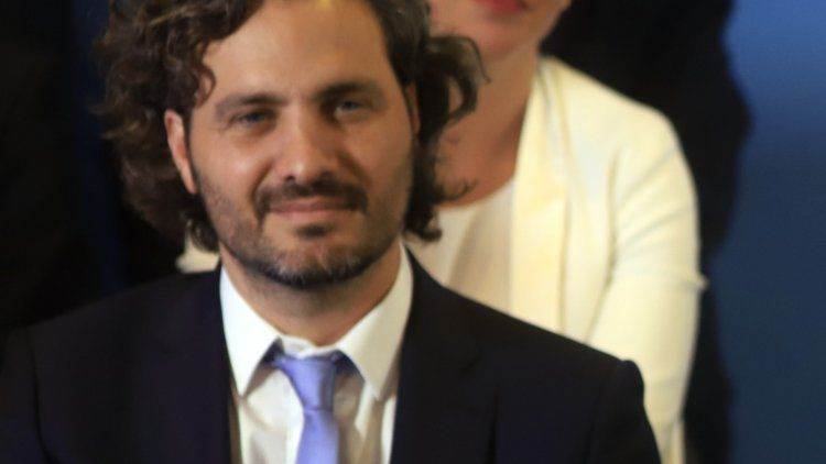 Santiago Cafiero señaló que no quedará congelado el cuadro tarifario, aunque se suspendieron aumentos.
