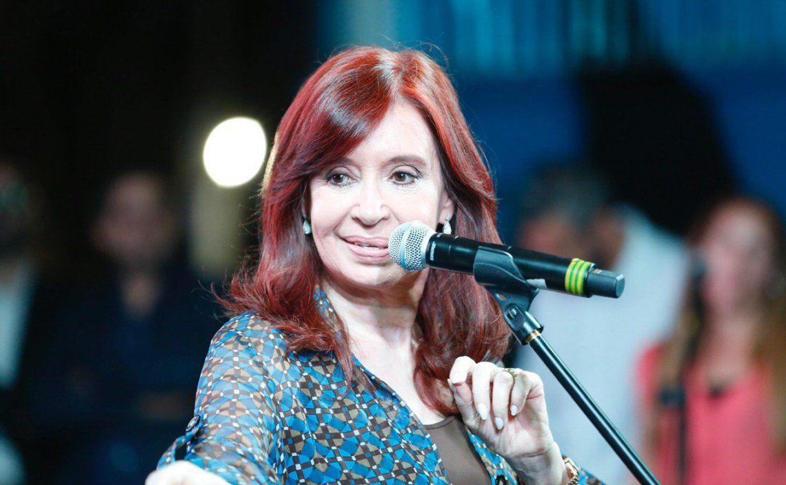 Desmienten que Cristina Kirchner haya pedido que la OA y la UIF no intervengan más en el juicio por presunto fraude en la obra pública