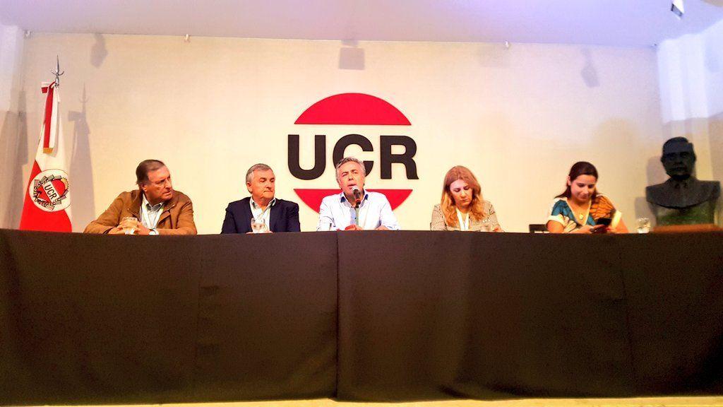 Alfredo Cornejo fue reelegido presidente de la UCR
