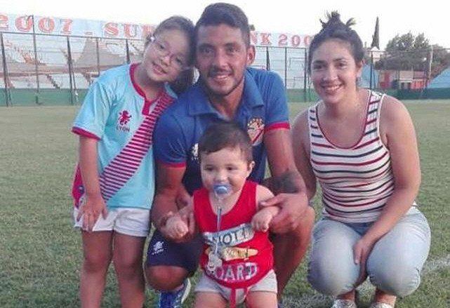 Así vive la familia Soraire este momento del jugador pero Lules siempre queda cerca.